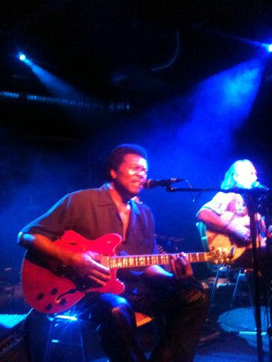 Blues Musiker bei der Arbeit