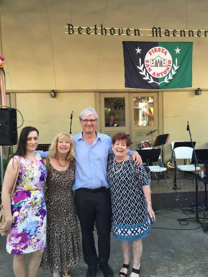 Jochen Partsch beim Gruppenfoto in San Antonio
