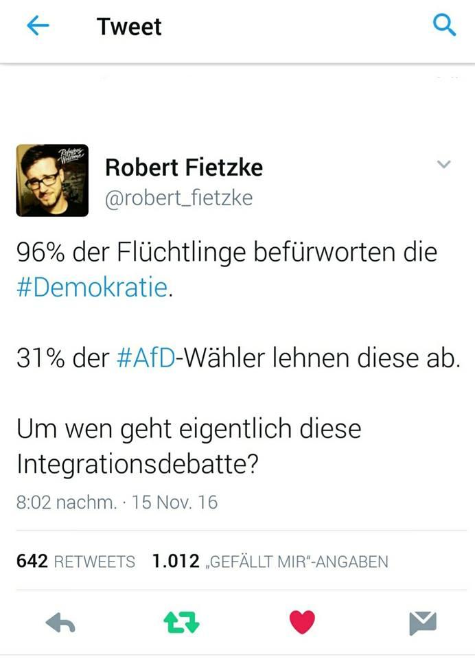 31% der AfD Wähler lehnen die Demokratie ab