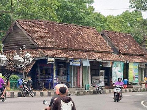 Straßenszene in Indonesien